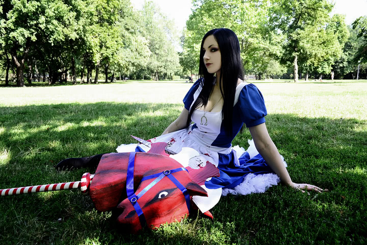 alice cosplay american mcgee