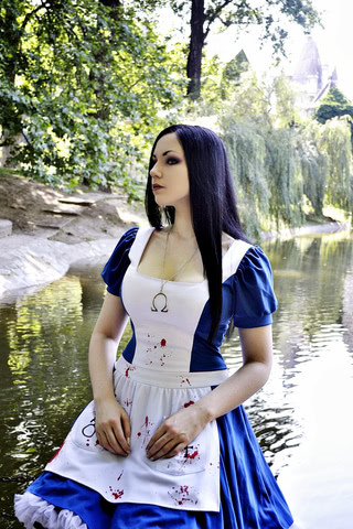 косплей alice madness returns