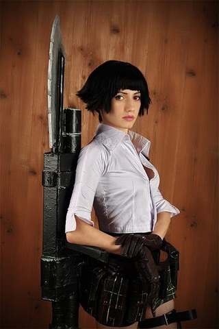 Lady by Narga-Lifestream (Devil May Cry 3) cosplay 2