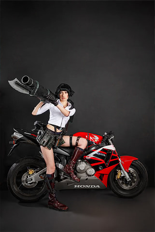 Lady by Narga-Lifestream (Devil May Cry 3) cosplay 3