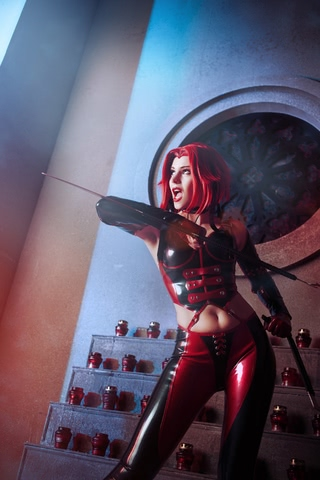 Rayne by iChios (BloodRayne) cosplay 3