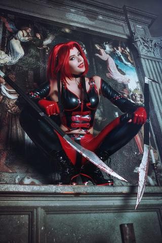 Rayne by iChios (BloodRayne) cosplay 8