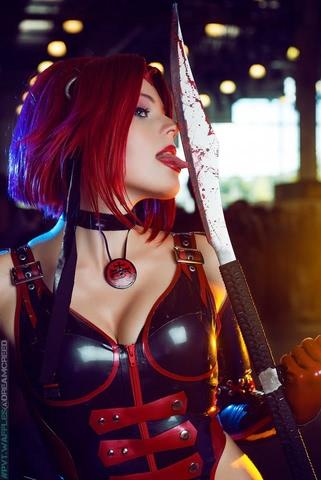Rayne by iChios (BloodRayne) cosplay 13