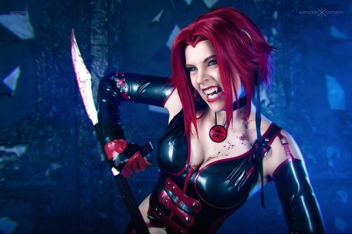 Rayne by iChios (BloodRayne) cosplay 19