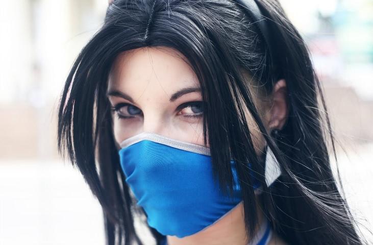 Kitana by anastasya zelenova (Mortal Kombat) cosplay 10