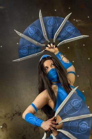 Kitana by anastasya zelenova (Mortal Kombat) cosplay 16
