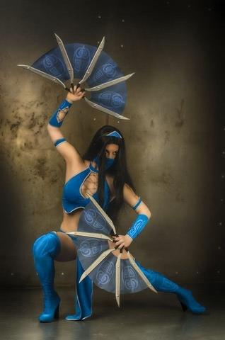 Kitana by anastasya zelenova (Mortal Kombat) cosplay 17