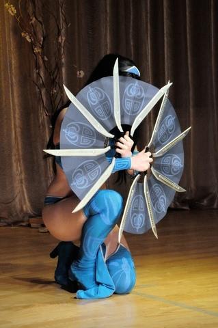 Kitana by anastasya zelenova (Mortal Kombat) cosplay 19