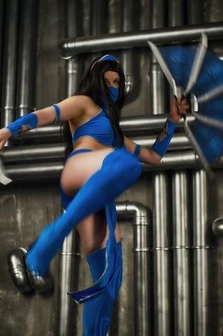 Kitana by anastasya zelenova (Mortal Kombat) cosplay 21