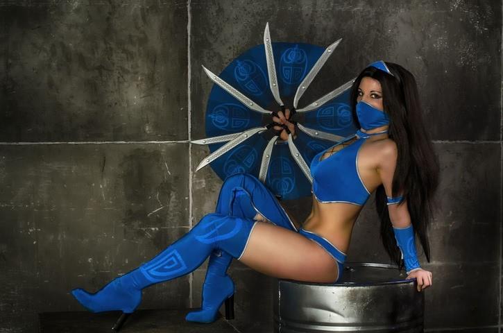Kitana by anastasya zelenova (Mortal Kombat) cosplay 23