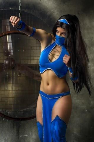 Kitana by anastasya zelenova (Mortal Kombat) cosplay 24