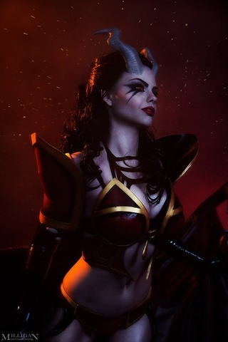 Queen of Pain by Fenix Fatalist (Dota 2) cosplay 3