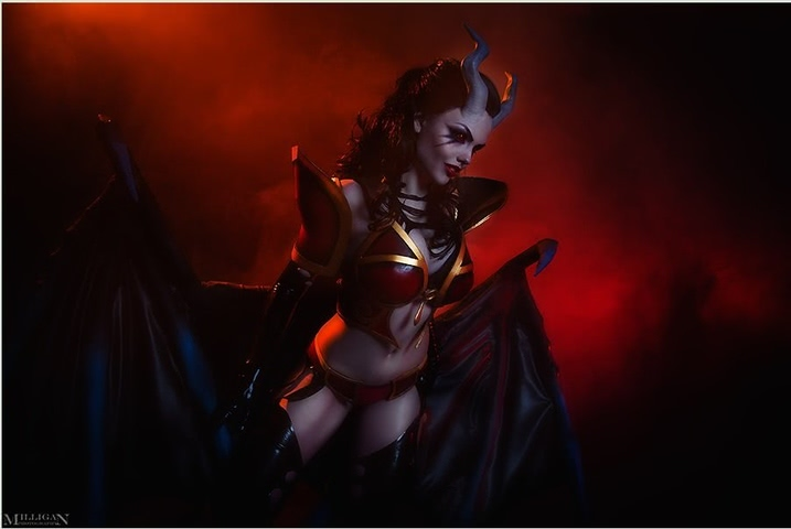 Queen of Pain by Fenix Fatalist (Dota 2) cosplay 11
