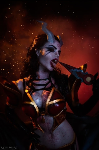 Queen of Pain by Fenix Fatalist (Dota 2) cosplay 12
