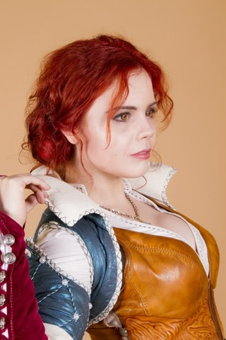 Triss by Fenix Fatalist (Witcher 3) cosplay 14