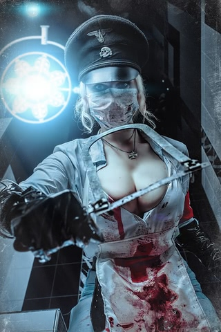 Butcheress by Elena Samko (BloodRayne) cosplay 10