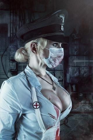 Butcheress by Elena Samko (BloodRayne) cosplay 11