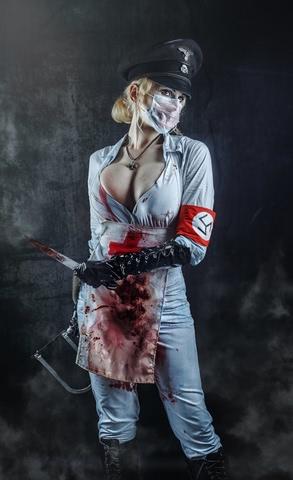Butcheress by Elena Samko (BloodRayne) cosplay 12