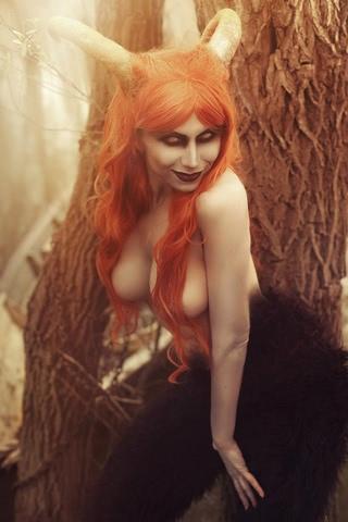 Blood and Wine by Elena Samko (Witcher 3) cosplay 13