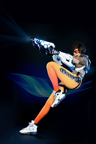 Tracer by TashaCosplay (Overwatch) cosplay 2