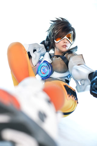 Tracer by TashaCosplay (Overwatch) cosplay 5
