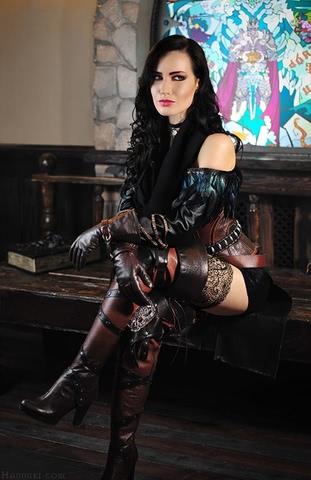 Yenn by HannukiHannushka (Witcher 3) cosplay 2