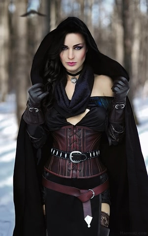 Yenn by HannukiHannushka (Witcher 3) cosplay 5