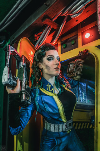 Fallout dweller by Amiko-chan (Fallout 4) cosplay 2
