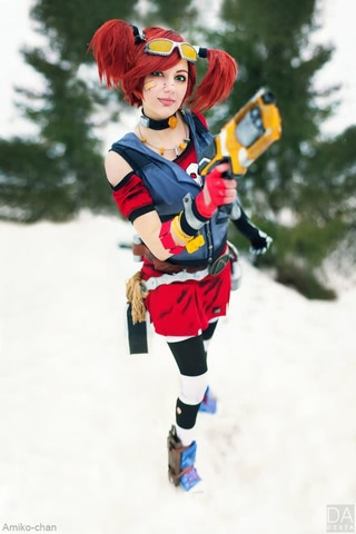 Gaige the Mechromancer by Amiko-chan (Borderlands 2) cosplay 4