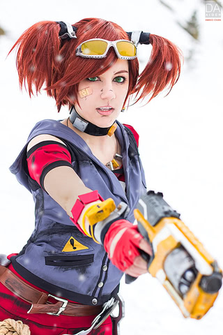 Gaige the Mechromancer by Amiko-chan (Borderlands 2) cosplay 8