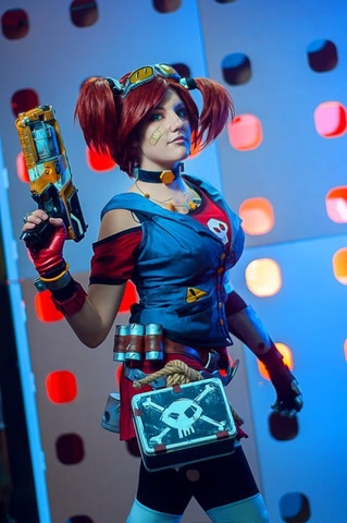 Gaige the Mechromancer by Amiko-chan (Borderlands 2) cosplay 12