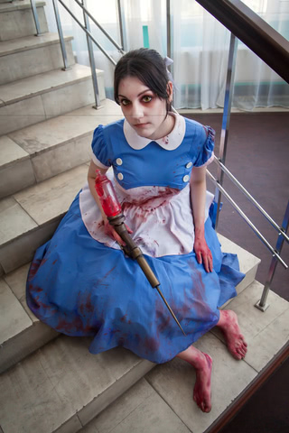 Little sister by Amiko-chan (Bioshock) cosplay 5