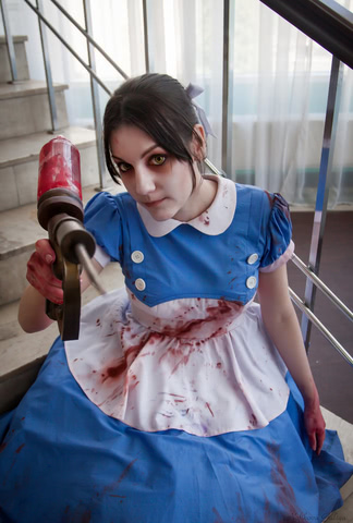 Little sister by Amiko-chan (Bioshock) cosplay 7