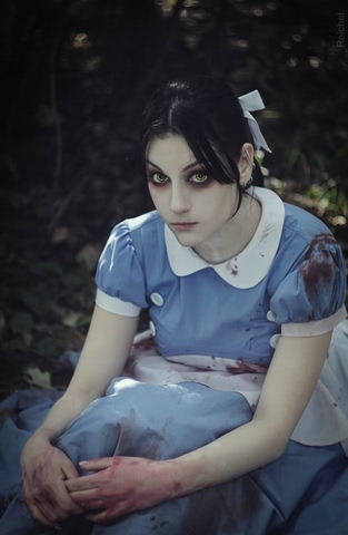 Little sister by Amiko-chan (Bioshock) cosplay 12