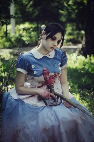 Little sister by Amiko-chan (Bioshock) cosplay 16