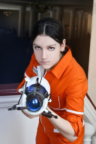 Chell by Amiko-chan (Portal 2) cosplay 15