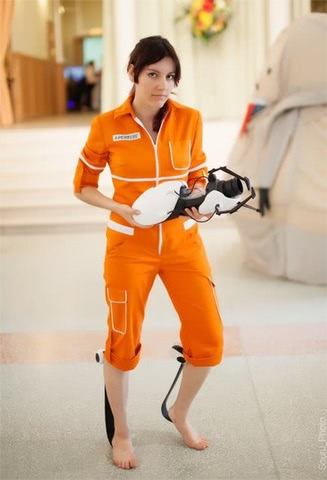 Chell by Amiko-chan (Portal 2) cosplay 16