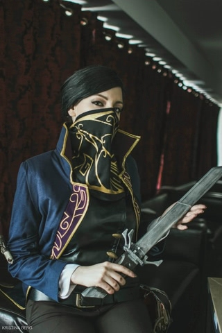 Emily Kaldwin by Amiko-chan (Dishonored) cosplay 1