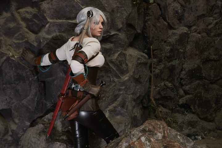 Ciri by Candy (Witcher 3) cosplay 8