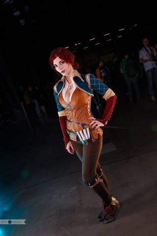 Triss by mellu (Witcher 3) cosplay 1