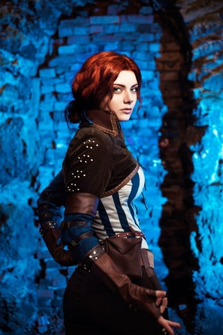 Triss by mellu (Witcher 3) cosplay 5