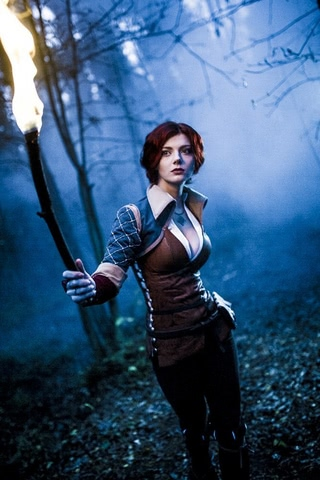 Triss by mellu (Witcher 3) cosplay 11