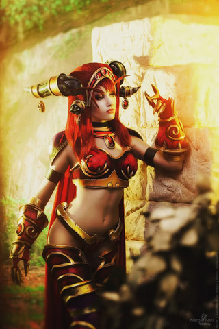Alexstrasza by Narga-Lifestream (World of Warcraft) cosplay 5