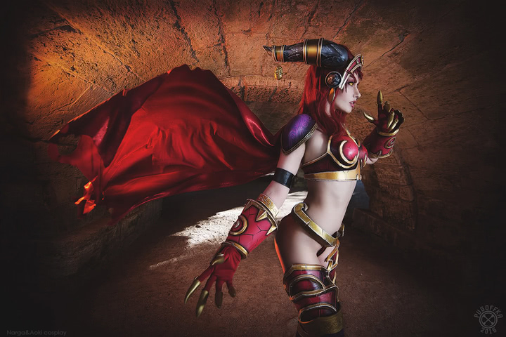 Alexstrasza by Narga-Lifestream (World of Warcraft) cosplay 11