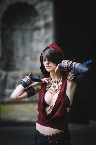 Morrigan by MadameSkunk (Dragon Age Inquisition) cosplay 2