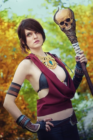 Morrigan by MadameSkunk (Dragon Age Inquisition) cosplay 7