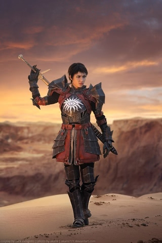 Cassandra Pentaghast by Dark Incognito (Dragon Age II) cosplay 3