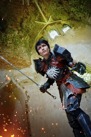 Cassandra Pentaghast by Dark Incognito (Dragon Age II) cosplay 6
