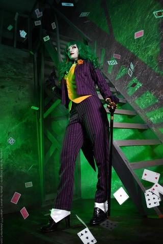 Joker by Dark Incognito (Batman) cosplay 3