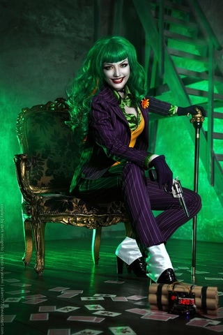 Joker by Dark Incognito (Batman) cosplay 5